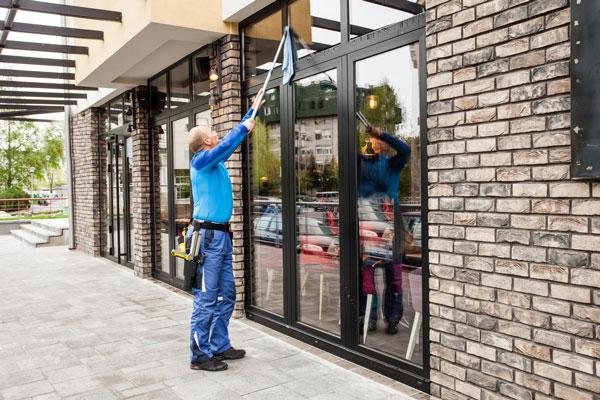 Laveur de vitre-JNMP